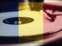 Vineri: Petrecere cu muzică românească în Le Papion Cafe Bar