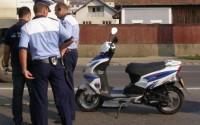 La plimbare cu motocicleta neinmatriculata si fara permis de conducere