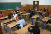Alba: Trei elevi au fost eliminati de la a doua proba scrisa a Bacului