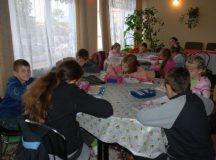 """Din iubire pentru educație, Asociația Filantropia Ortodoxă Alba Iulia implică 622 de copii în Programul """"Prevenirea abandonului școlar"""""""