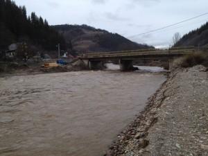 Bani pentru îndiguirea albilor a mai multe râuri din Alba