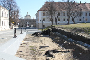 Alba Iulia: S-a semnat contractul de punere în valoarea a vestigilor arheologice descoperite în Cetate