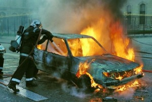 ce-facem-in-cazul-incendiilor-din-masina