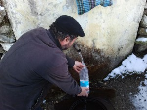 Majoritatea izvoarelor cu apă potabilă din Alba nu îndeplinesc parametri de potabilitate