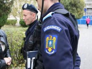 Pentru consum de alcool pe stadion doi tineri din Alba Iulia au fost amendaţi şi interzişi pe stadion pentru 6 luni