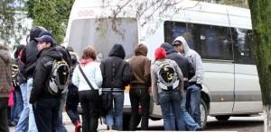Microbuz școlar implicat într-un accident rutier la Galda de Jos