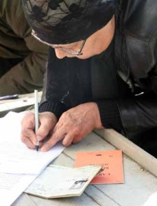 APIA: 30 august termenul limită pentru vizarea carnetelor de rentier agricol