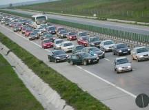 """Cele mai aglomerate şosele din ţară vor fi taxate. Victor Ponta """"un pas uriaş pentru România"""""""