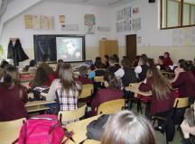 """""""Discriminarea între percepţie şi practica cotidiană"""" dezbatere la Colegiul Naţional """"Avram Iancu"""" din Câmpeni"""