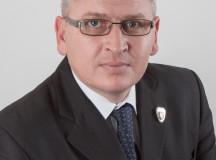 """COMUNICAT DE PRESĂ: Guvernul USL """"pedepseşte"""" Alba Iulia cu 762.00 RON pentru locuinţe sociale"""