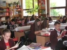 Proiect RMGC: Copiii din Apuseni încep vacanța cu cărți noi