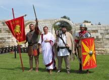FESTIVALUL CETĂŢILOR DACICE 2013: Peste 150 de luptători refac la Cricău atmosfera războinică antică
