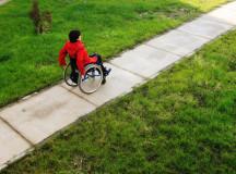 Donație franceză: 14 cărucioare pentru persoanele cu dizabilități locomotorii din Alba și Mureș