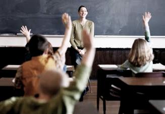 elevi_maini_scoala_educatie