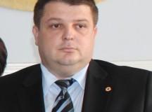 Replici între vicepreşedintele CJ Alba Alin Cucui şi primarul comunei Sâncel, Ilie Frăţilă