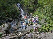 200 de copii din ţară au vizitat obiectivele turistice naturale din Munţii Apuseni