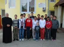Poveste emoţionantă : Doi fraţi care s-au regăsit în Casa de tip familial Vingard vor fi botezaţi
