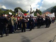 Protest la Roșia Montană:  Domnule Crin Antonescu, nu blocați proiectul Roșia Montană