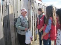 Crucea Roşie filala Alba va împărţi pachete cu alimente