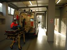Un autoturism s-a răsturnat la Sânmiclăuș. Trei persoane au fost transportate la spital.