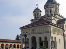 Duminică, 26 ianuarie, Arhiepiscopia Ortodoxă Alba Iulia va acorda distincții bisericești salvatorilor victimelor accidentului aviatic din Muntii Apuseni.