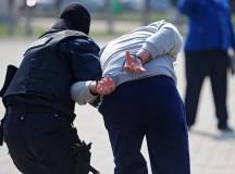 """Membrii ai grupării """"Talibanii"""", urmăriţi la nivel naţional şi internaţional, au fost prinşi de poliţiştii din Alba"""