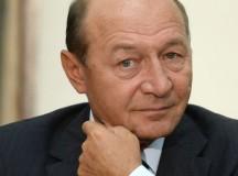 """Băsescu cere Guvernului să modifice prin ordonanţă noul Cod Penal: """"Dacă Ponta nu face urgent modificările, devine scutul oamenilor corupţi"""""""