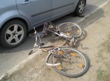 Sebes: Un sofer a acrosat un biciclist, dar nu a oprit la locul accidentului