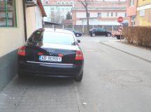 Anunt privind Regulamentul de ridicare a masinilor parcate neregulamentar