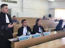 Studentii albaiulieni, premiati la concursul de procese simulate de drept procesual civil de la Tg. Mures