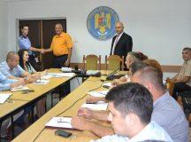 Politistul Liviu Dan Radovici, premiat de colegii din judetul Alba