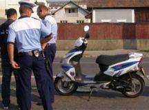 Micul mopedist a incalcat legea