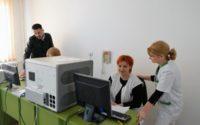 Va fi pusă în funcțiune prima linie completă de testare pentru diagnosticarea cazurilor de COVID-19 din județul Alba