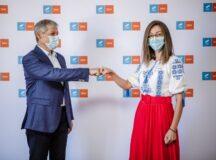 Ceartă în USR Alba pentru postul de subprefect! Cosmina Mariș sare la gâtul liderilor USR clamând drepturi egale cu ceilalți candidați