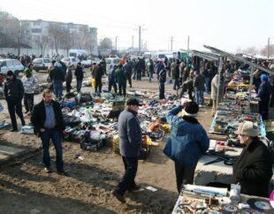 TALCIOCUL NU SE MAI DESCHIDE! Târgul de vechituri – interzis de Jandarmerie, conform spuselor Primăriei Alba Iulia! Un nou circ politic la mijloc??
